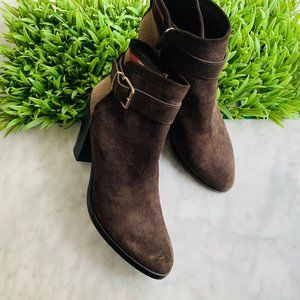 Burberry Ankle Boot Belted Chain Brown Suede 40.5